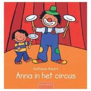 Lobbes Anna in het circus