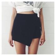 Pantalones Cortos /Falda Pantalón Falso Dos Piezas Shorts Irregulares Para Mujer – Negro