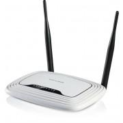 TP-Link trådlös router med 4-ports switch, 300Mbps, 802.11n