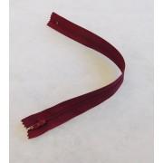 RTOműanyag zárt végű cipzár bordó 30cm/015/Cikksz:150115