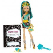 Monster High Nefera de nile - schools out with pet - monster high docka -