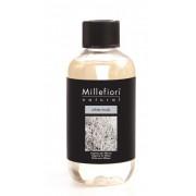 Rezerva de parfum pentru odorizant de camera cu betisoare Millefiori Milano aroma White musk