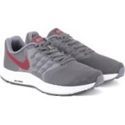 Nike NIKE RUN SWIFT Running Shoes For Men(Grey)