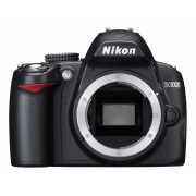 Nikon D3000 polovno