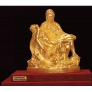 """Ръчно изработена статуетка с 22 карата златно покритие """"Пиета"""" (A065)"""