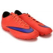 Nike MERCURIAL VICTORY V TF Football Shoes For Men(Orange)