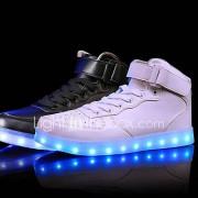 Uniseks Sneakers Comfortabel Oplichtende schoenen Leer Lente Zomer Herfst Winter Sportief Causaal LED Lage hak Wit Zwart Rood Onder 2,5cm