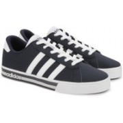 ADIDAS NEO DAILY TEAM Sneakers For Men(Blue)