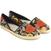 Steve Madden Casuals For Women(Multicolor)
