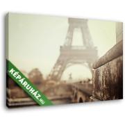 Az Eiffel-torony egy ködös reggel (40x25 cm, Vászonkép )