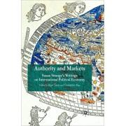 Authority and Markets. Susan Strange's Writings on International Political Economy, Paperback/***