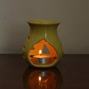 Skycandle Ceramic Candle Holder/Candle Diffuser Yellow Color A-Symetrical Round Flower Shape DesignPeruvian Shaped