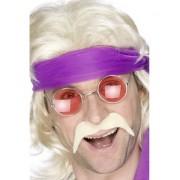 Mustata anii '70 blonda