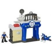Jucarie Hasbro Playskool Heroes: Transformers Rescue Bots Griffin Rock Police Station