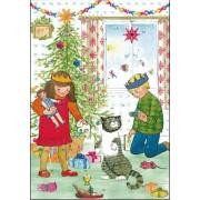 adventskalender A4+ - kinderen en kat bij een kerstboom