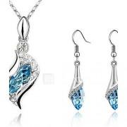 Dames Sieraden Set Druppel oorbellen Hangertjes ketting Oorbel Kristal Bergkristallen Modieus Elegant Kostuum juwelen Kristal Kubieke