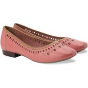 Clarks Henderson Hot Coral Leather Slip On shoes(Pink)
