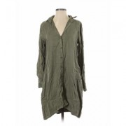 Cloth & Stone Casual Dress - Shift: Green Solid Dresses - Used - Size X-Small