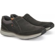 Clarks SEVERON STEP BLACK NUBUCK Driving Shoes For Men(Black)