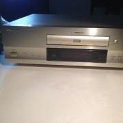Lecteur DVD Pioneer DV-717