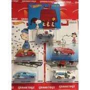 Hot Wheels 2016 Pop Culture Mix D Set of 5 Vehicles Peanuts Gang Snoopy