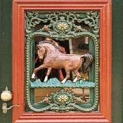 Deurrooster Paard