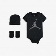 Nike Jordan Speckle Three-Piece