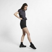 Женские шорты из тканого материала Nike Sportswear Tech Pack
