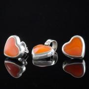 Apsara - Silver örhängen med berlock hjärta orange