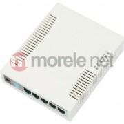 Switch MikroTik RB260GS, 5 x porturi Gigabit, 1 x port SFP, Sistem de operare MikroTik SwOS