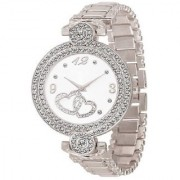 idivas 117 Fashion Italian Silver Design Women Analog watch for Girls and Ladies Watch - For Women