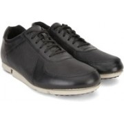 Clarks Triturn Race Black Leather Corporate Casual For Men(Black)