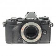 Olympus OM-D E-M5 Mark II negro refurbished
