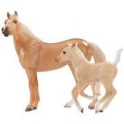 Breyer Stablemates Horse and Foal Set - Quarter Horse