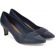 Clarks Crewso Madie Navy Slip On For Women(Black)