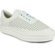 20 Dresses White Perforated High Sole Casuals For Women(White)