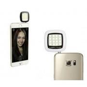 Telefonhoz csatlakoztatható LED vaku