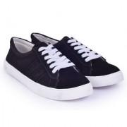 Trendy Look Black Suede Sneakers