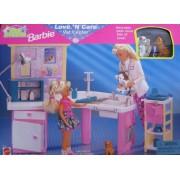 Pet Doctor BARBIE Love n Care Vet Center Playset (1996 Arcotoys, Mattel)