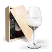 YourSurprise Wijnpakket met wijnglazen - Salentein Primus Malbec - Gegraveerde glazen