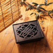 ディレクション・プロダクトデザイン山崎宏/くわな鋳物 蚊やり器|蚊取り器