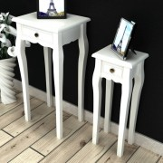 vidaXL Stohovateľné príručné stolíky, 2 kusy so zásuvkou, biele