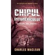Chipul intunericului - Charles MacLean