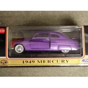 Motormax 1949 Custom Mercury Car in 1:24 Scale Diecast Metal