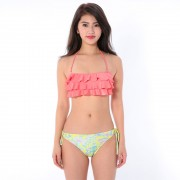 RUSTY(ラスティ)/フリルバンドゥ型ボードショーツ付3点セット水着