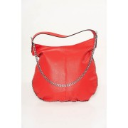 Piros casual táska műbőrből fém lánccal van ellátva