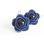 Troli Cercei cu perle albastre cu flori de Estrela din perle negre