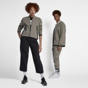 Veste de survêtement tissée Nike Sportswear Tech Pack pour Homme - Marron