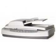HP ScanJet 5590 Resolución: hasta 2400 dpi - Escala de Grises: 256 niveles - Conectividad: Puerto USB - ADF 50 Hojas - Area de e