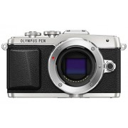 Olympus E-PL7 16MP Mirrorless Digital Camera with 3-Inch LCD (Silver)